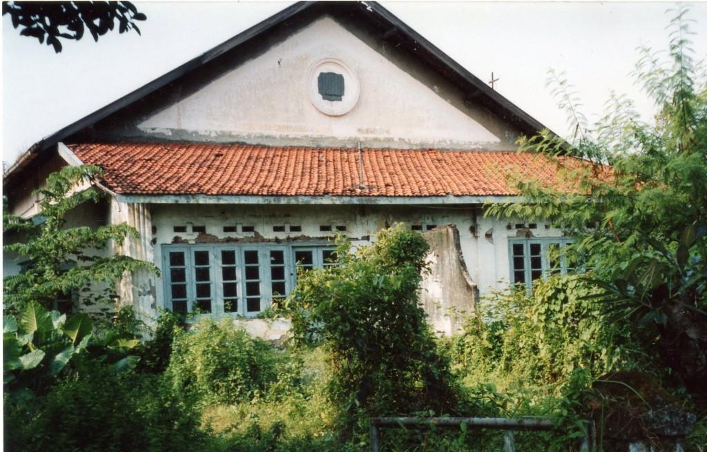 Geboortehuis Pa Tielman in Krian bij de Suikerfabriek.