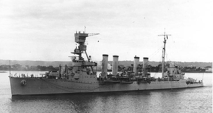 USS_Marblehead_CL-12-San_Diego.jpg