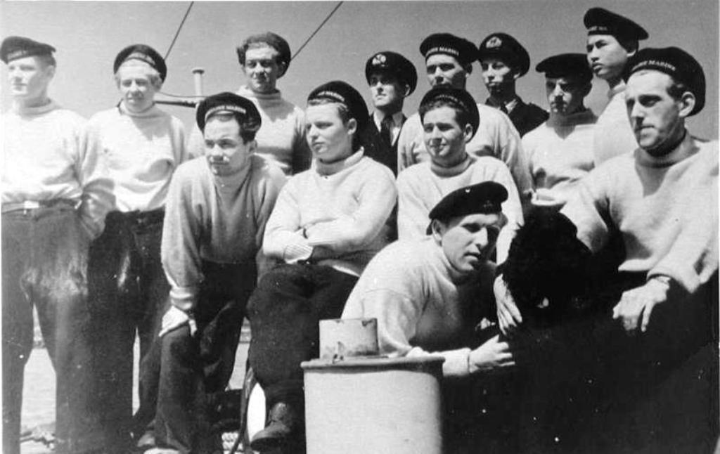 Groepsportret van de bemanning van het 9e MTB Flottielje te Dover