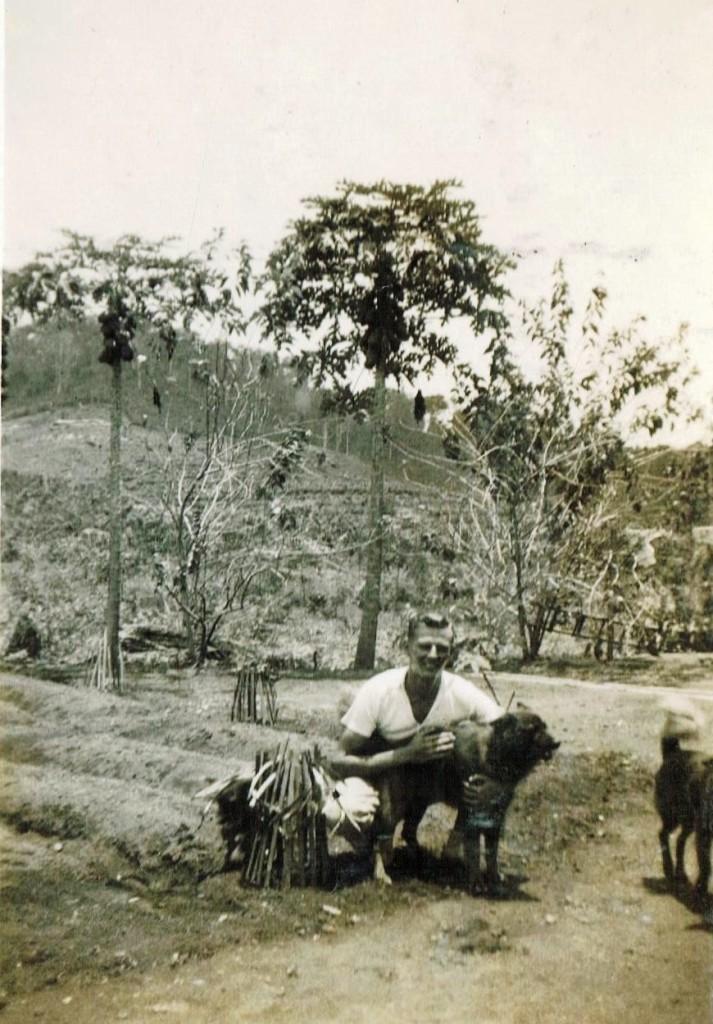 "Cees Leeuwen burgh op de Platage ""Sukamade"" Oost-Java"