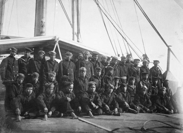 Het schip de SS van Overstraten en diens Indonesische bemanning