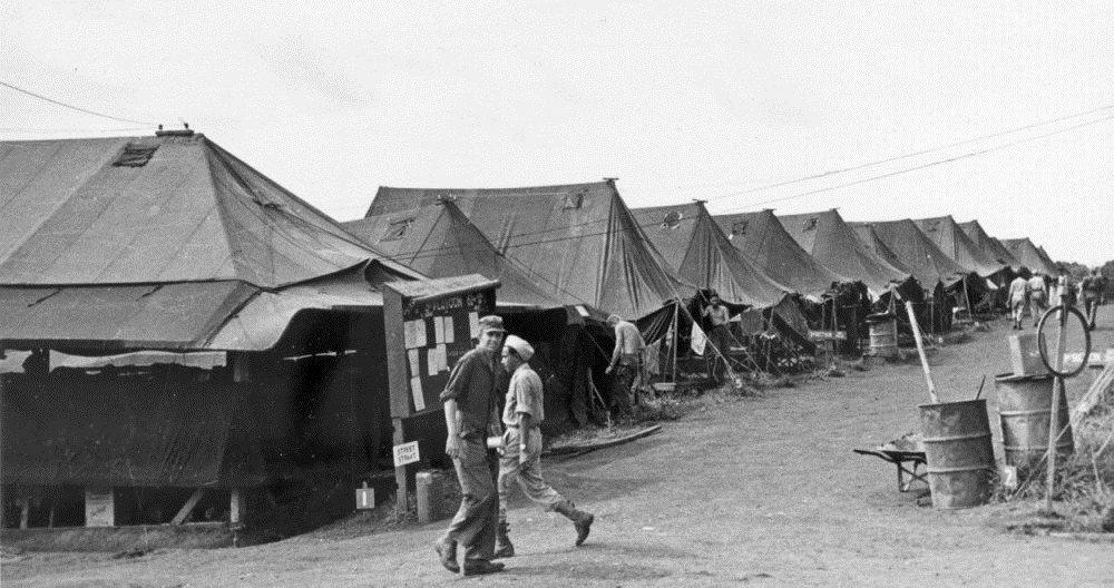 Onze eerste tentenkamp op Manila