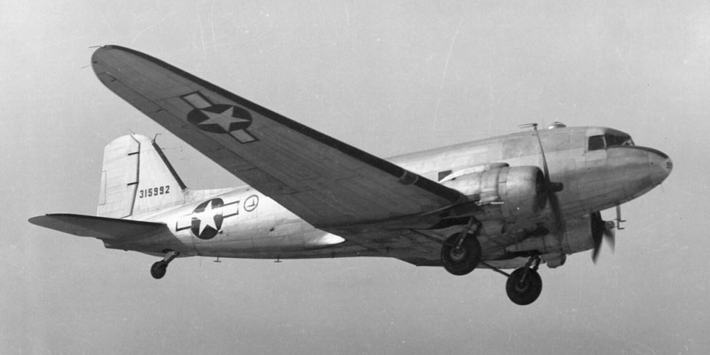 Douglas_C-47_Skytrain